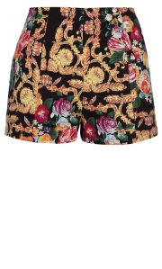 primarkBaroque_short_10_in_store_8.7_.13_