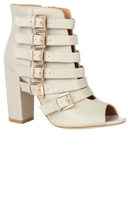 primarkBuckle_detail_shoeboot_16_in_store_28.8_.13_